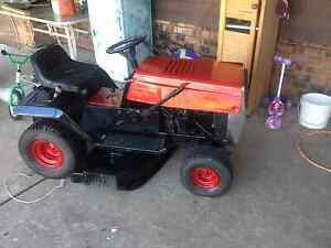 Swap ride on mower needs tune an slasher belt going cheap swaps Cambridge Gardens Penrith Area Preview