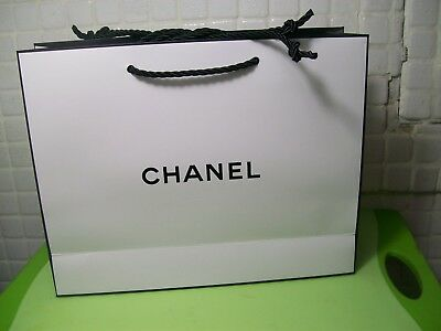 25 New Chanel Empty Paper Gift Bags Shopping Retail Perfume Jewelry Bag