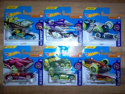 Lot de 6 HotWheels / Track Stars - HW Glow Wheels / Power Surge Loopster / NEUF