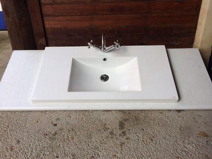 Bathroom bench top