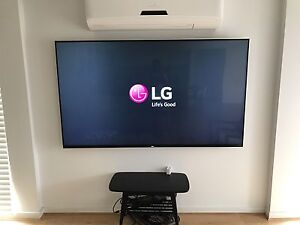 """As New LG 79"""" 4K Ultra HD 3D 200Hz WebOS Smart TV With 4yrs Warranty Cranbourne West Casey Area Preview"""