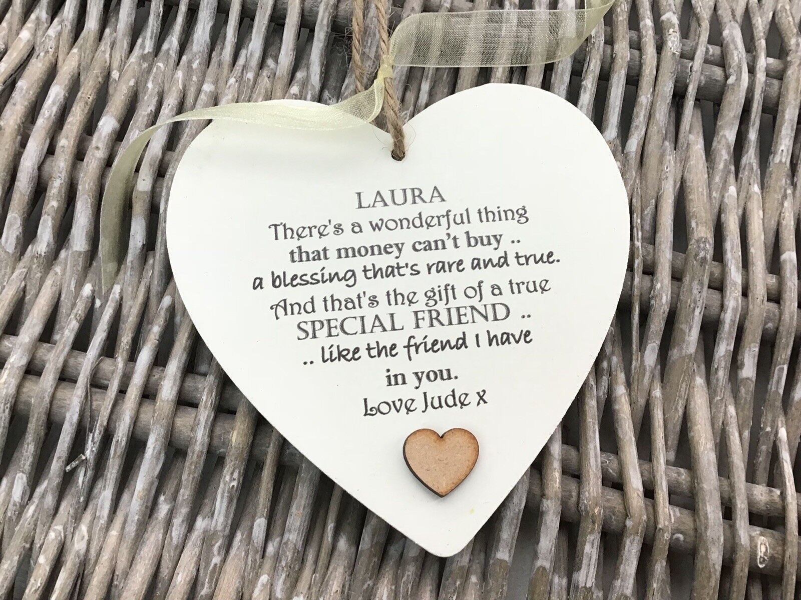 Shabby personalised Gift Chic Heart Plaque Special BEST FRIEND ANY NAMES Gift - 233008492378