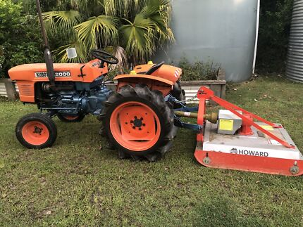 Kubota L2000 with Slasher