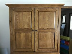 Top Half / TV Armoire - Free