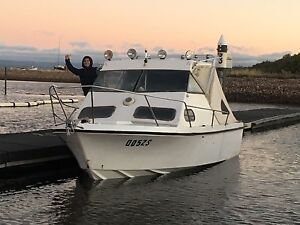 Cabin cruiser jet boat 350 chev Redwood Park Tea Tree Gully Area Preview