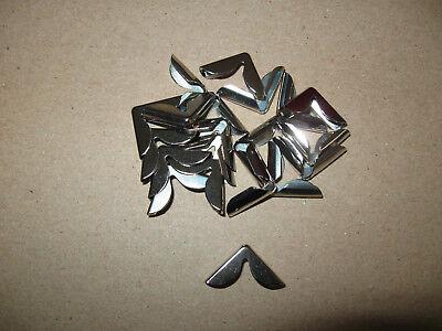 20 Stück Buchecken klein silberfarbig ca 15 mm Schenkellänge geschwungen