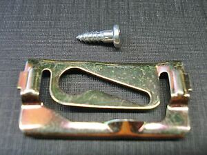 20 pcs 68 69 70 71 72 Chevy Nova front windshield reveal moulding clips 1968