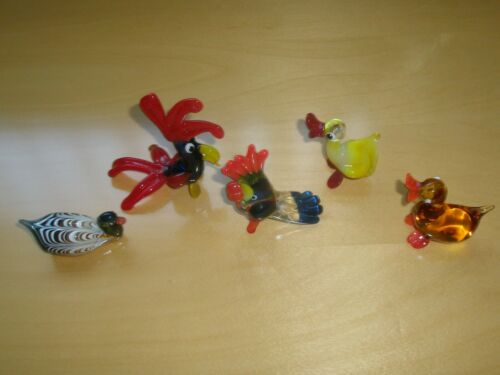 NEW HAND MADE GLASS MULTI COLOR SET OF 5 BIRD FIGURINES