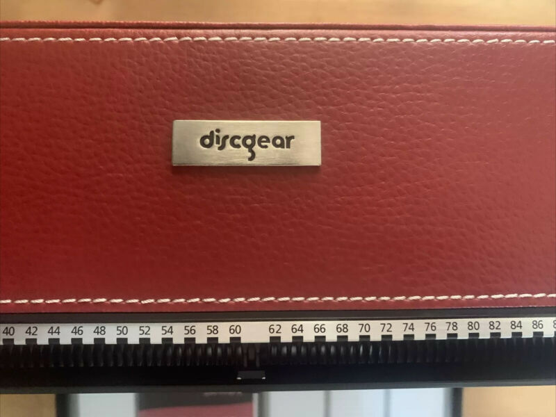 DISCGEAR SELECTOR 120HD RED FAUX LEATHER ORGANIZER STORAGE CASE NEAR MINT!