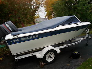 17 foot fiberglass  90 hp Yamaha  with easy loading  trailer Belleville Belleville Area image 1