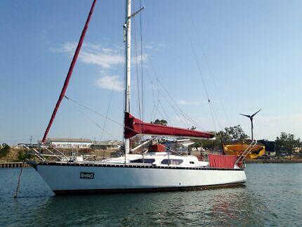 Van De Stadt Vita 30 Foot Yacht