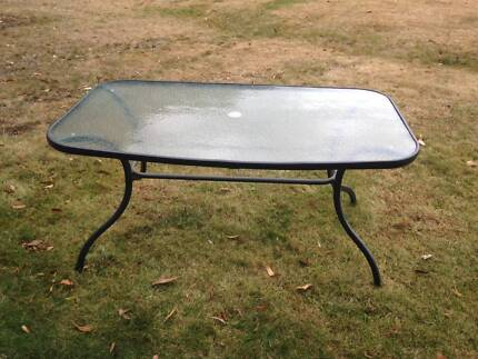 Outdoor Table in Great Condition