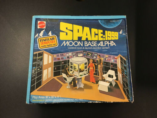Mattel Space: 1999 Moon Base Alpha Play Set