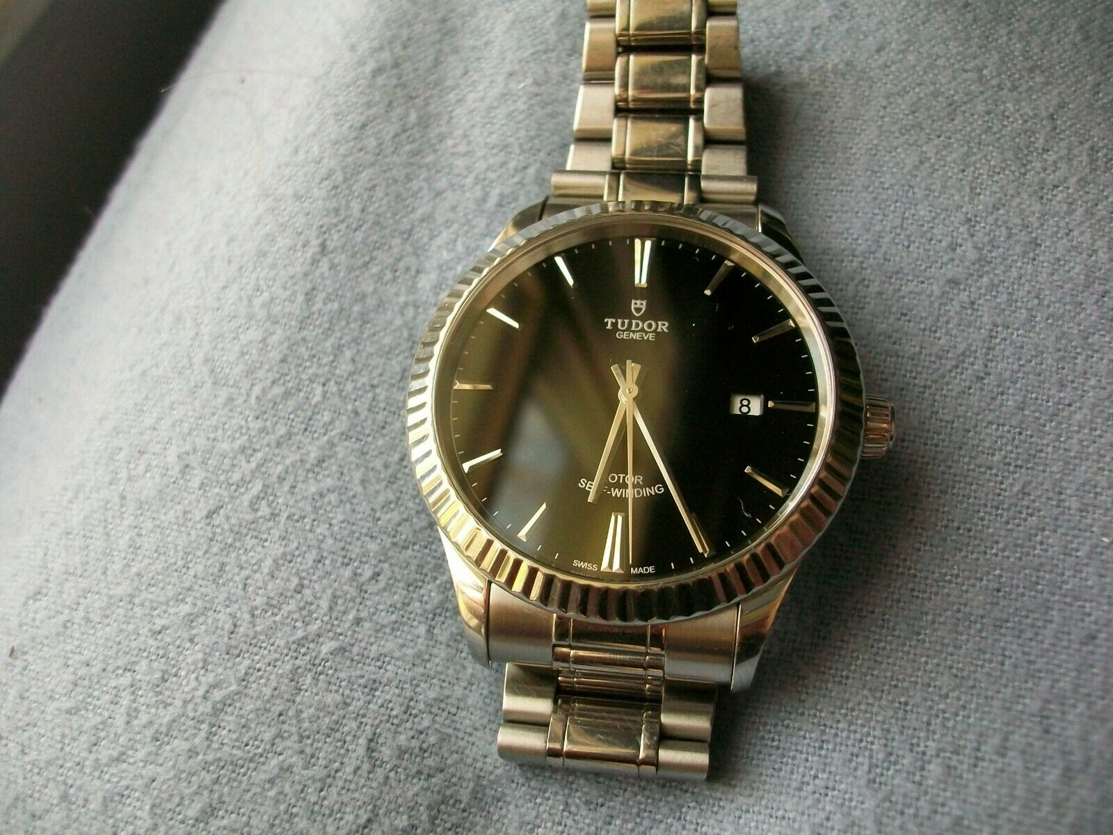 Tudor Style 41mm Stainless Steel with Black face.