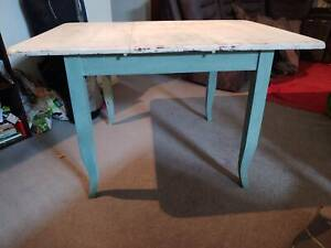 Unique Extendable Table (French provincial style)