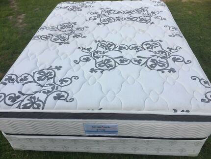 Queen Size Bed & Base, Pillow Top Mattress - FREE LOCAL DELIVERY