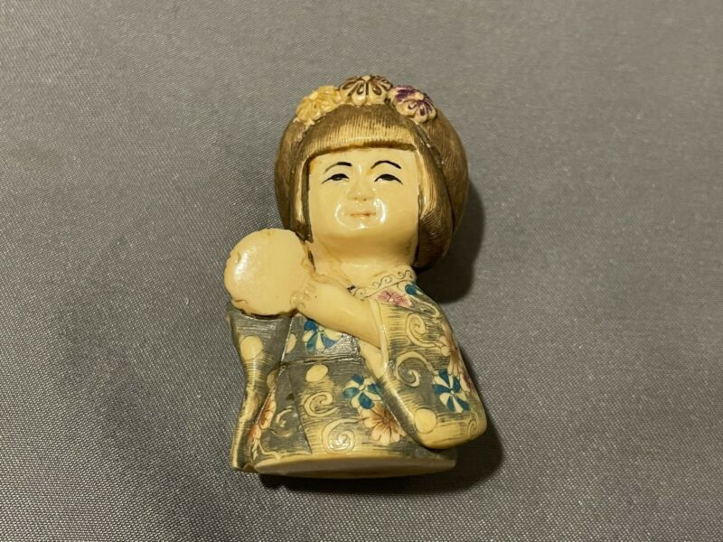 14k Japanese Antique Netsuke of a Woman.