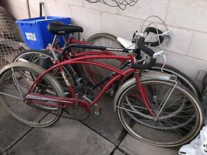 Bunch of Vintage Bikes (Read Ad)