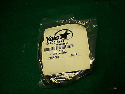 518793650 Yale Steering Gear Seal Kit Part Number 518793650. New.