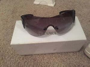 Authentic Versace sunglasses Franklin Gungahlin Area Preview