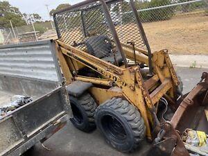 Ford cl40 skid steer bobcat