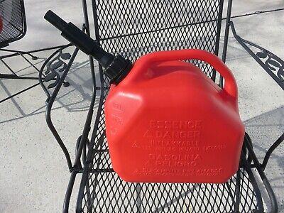 Scepter Eco Essence 2 12 Gallon Self Vented Gas Can W Spout Euc