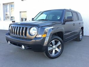 2017 Jeep Patriot High Altitude, 4X4, LEATHER, SUNROOF.