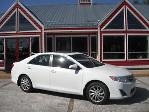 2014 Toyota Camry LE SUNROOF! BACK UP CAMERA!! BLUETOOTH VOICE A