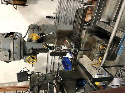 Cincinnati Tool Master Vertical Mill
