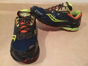 Men's Saucony Ride6 Gore-Tex Running Shoes Size 10