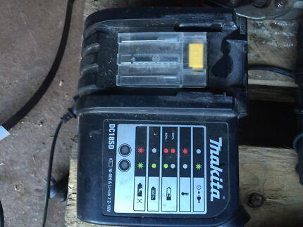 Makita 18v battery charger Wangara Wanneroo Area Preview