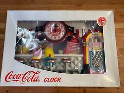 VINTAGE 1993 COCA COLA HORLOGE ICE CREAM SODA FOUNTAIN WALL CLOCK ORIGINAL BOX