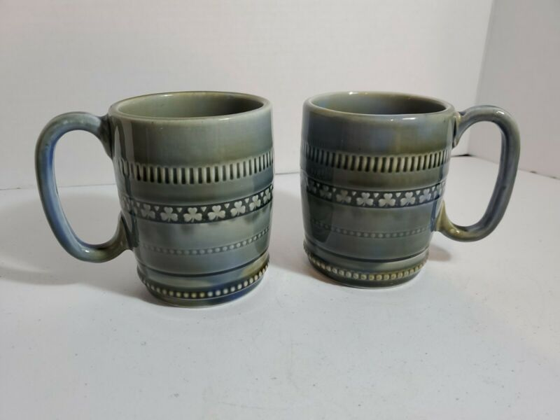 Set of 2 Vintage Green Blue 4.25 IRISH PORCELAIN Coffee Cup MUG Shamrock IRELAND