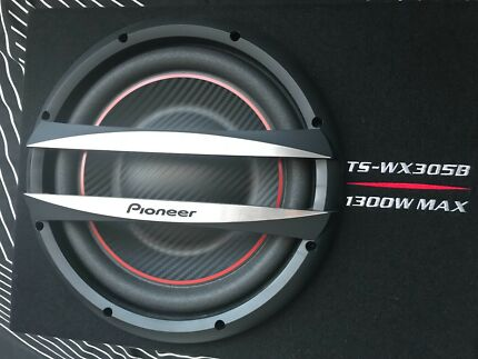 Pioneer 1300w subwoofer