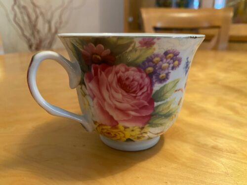 Floral Pattern Porcelain Tea Cup and Saucer