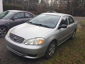 2004 Toyota Carolla  CE Sedan