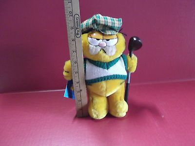 """VINTAGE 1978 Garfield Golfer  9""""in Plush Has Original Tags Great Condition"""