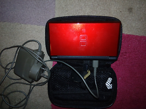 Nintendo DS lite in red Cooloongup Rockingham Area Preview