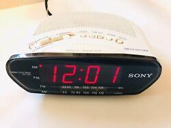 Sony ICF-C211 Dream Machine FM/AM Clock Radio-Alarm Clock White