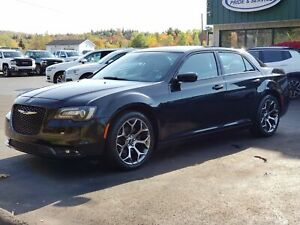 2018 Chrysler 300 S REMOTE START/LEATHER/BACK UP CAMERA/POWER...