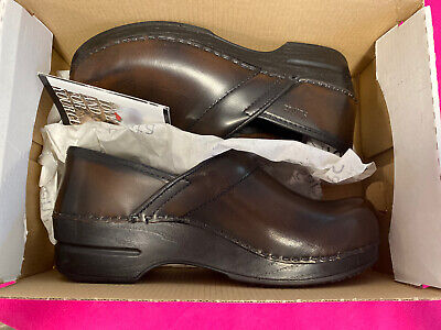 NEW Sanita Women's Smart Step Professional Addison Brush Off Leather 3 Brown 37