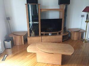 Ensemble meubles audio et tables de salon