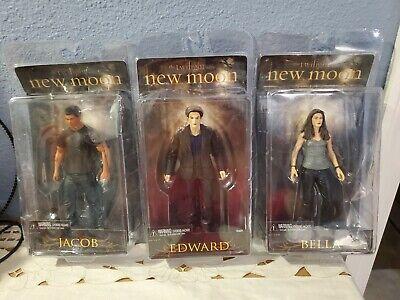3 NECA Reel Toys The Twilight Saga New Moon Action Figures Bella Jacob Edward