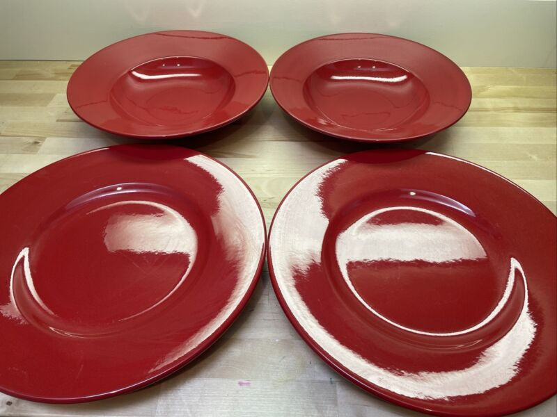 Lot Of 4 WAECHTERSBACH LARGE SOLID RED ROUND SERVING BOWLS AND PLATES