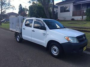 Toyota Hilux Workmate, Dual Cab Georges Hall Bankstown Area Preview