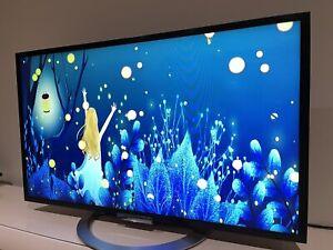 "Sony Bravia smart TV 42"" (sold)"