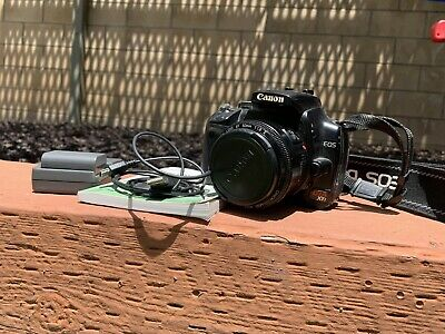 Canon EOS Digital Rebel XTi / EOS 400D 10.1MP Digital SLR Camera With 50 MM Lens
