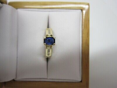 GORGEOUS ESTATE 14 KT GOLD BLUE SAPPHIRE AND DIAMOND RING  !!!!!!!!!! Blue Sapphire 14kt Gold Ring