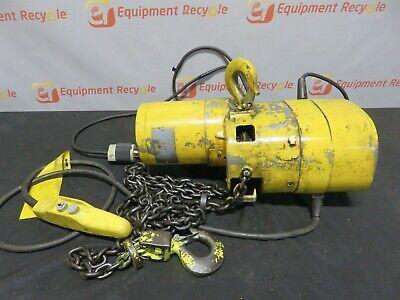 Budgit Chain Hoist 113454-10 2000lb 1 Ton Hook 3phase Pushbutton Control
