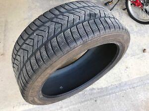Pneus hiver Pirelli 255/40R21